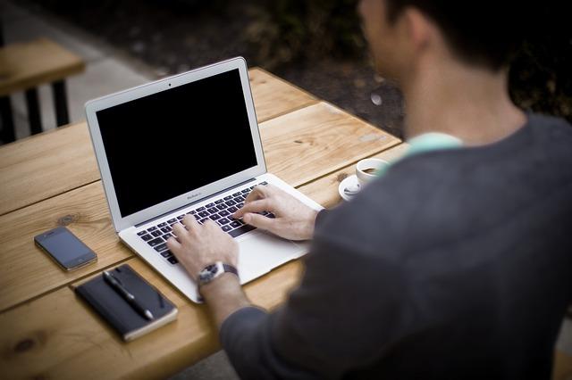 Jak stworzyć bloga i na nim zarabiać