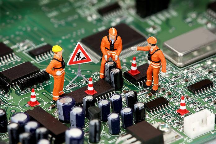 Nowoczesny funkcyjny montaż THT i SMT elektroniki. Jak odbywa się w praktyce montaż kontraktowy?