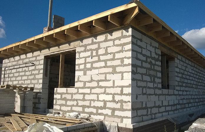 Wzmacnianie gruntu pod budowę domu