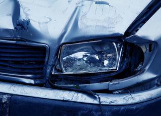 Czy warto sprowadzać auto powypadkowe z zagranicy? – pytanie, na który musi odpowiedzieć każdy handlarz używanymi autami