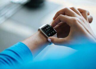 Smartwatch czy smartband - co wybrać