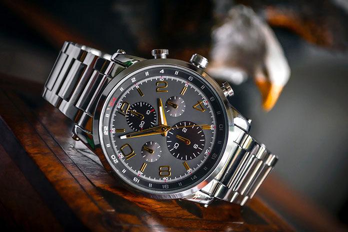 Na co warto zwrócić uwagę podczas zakupu zegarka męskiego?