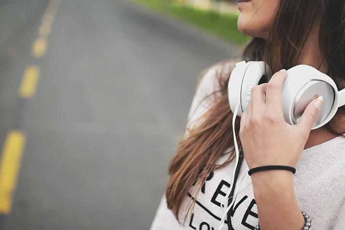 Jak słuchać muzyki bez ograniczeń i limitu danych? To możliwe dzięki Music Pass w Orange