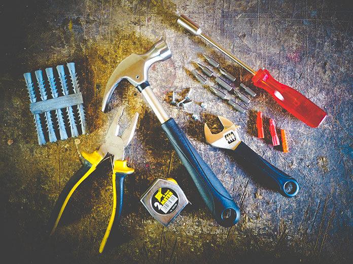10 najważniejszych narzędzi do domowego warsztatu